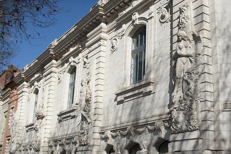 Façade de l'isdaT beaux-arts, 2013