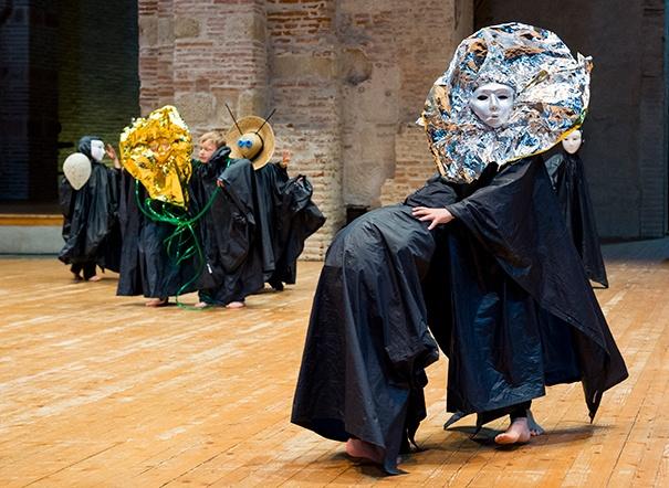 Les enfants des écoles dansent, Toulouse, isdaT