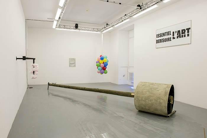 Galerie du quai, installation de Anaïs Hay, isdaT © Franck Alix