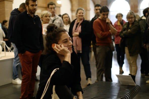 Le voir pour le croire, performance de Leslie Ritz pour Stage Studies, week-end des FRAC aux Abattoirs, Toulouse, isdaT
