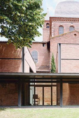 Auditorium Saint-Pierre des Cuisines et studios de danse, isdaT site Saint-Pierre © W-Architectures