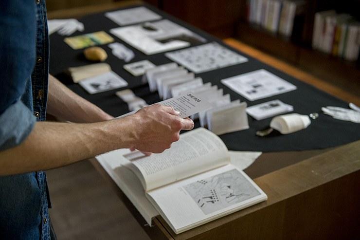 Vernissage de l'exposition LabBooks à la Médiathèque des Abattoirs, mai 2016 © Franck Alix