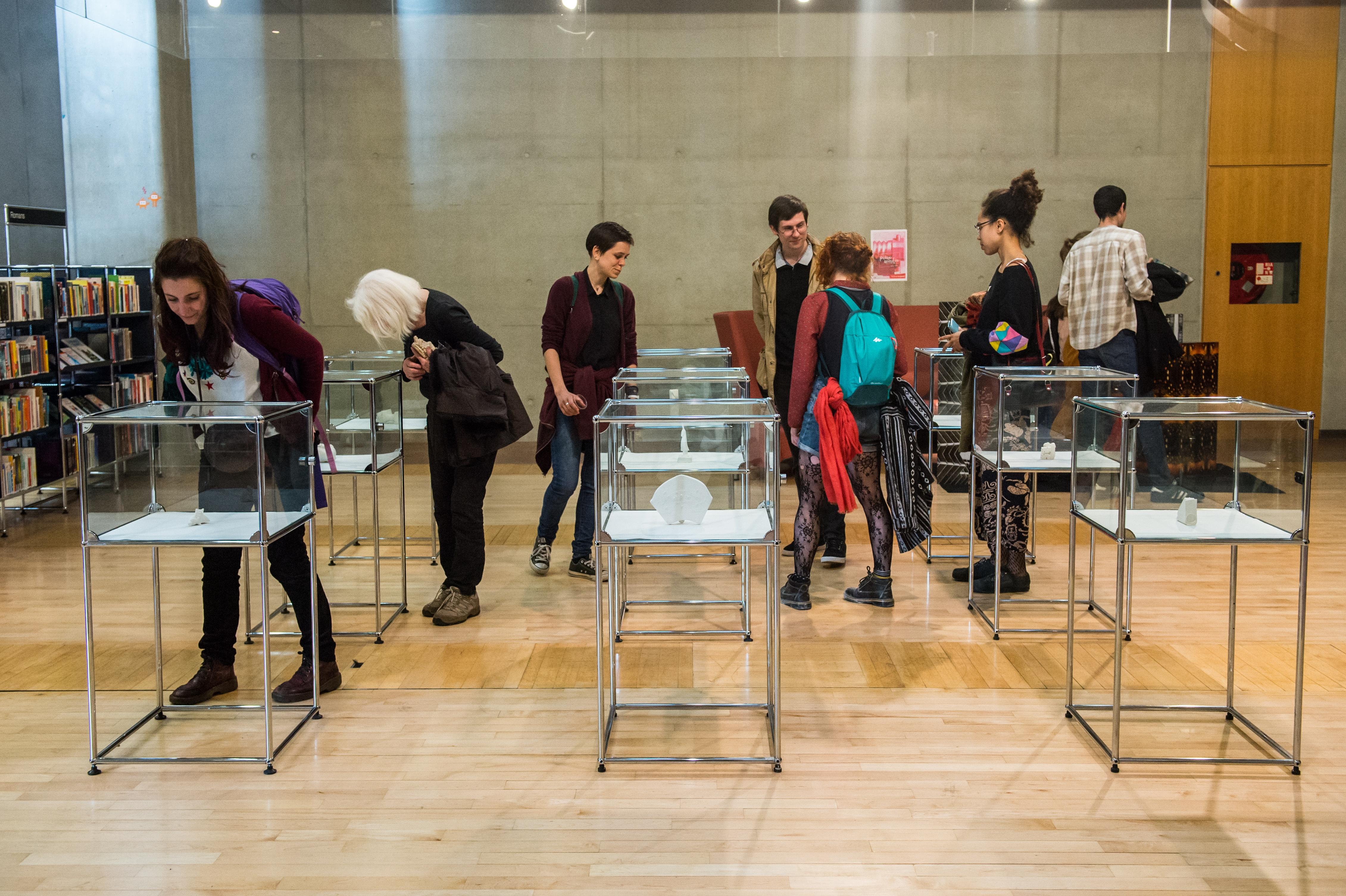 Vernissage de l'exposition <i>Pièce montée</i> à la Médiathèque José Cabanis © Franck Alix