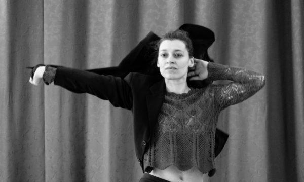 Présence scénique, Stéphanie Bonnetot